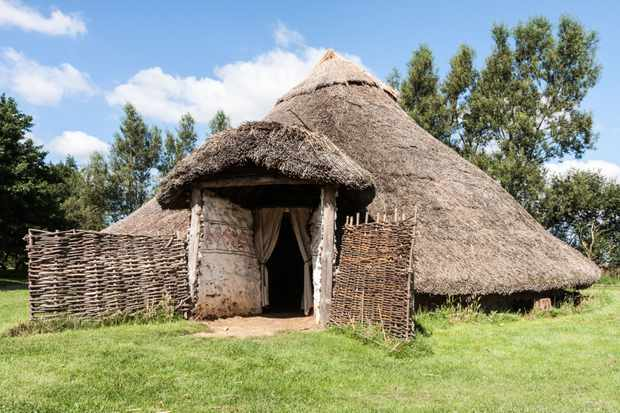 A reconstructed round house at Flag Fen, Peterborough, Cambridgeshire. (Alamy)