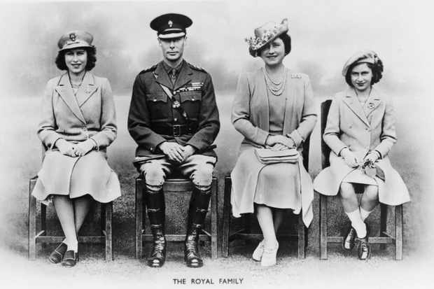 King George VI, Queen Elizabeth, and their daughters, Princesses Elizabeth and Margaret of United Kingdom. (Photo by: Universal History Archive/UIG via Getty Images)
