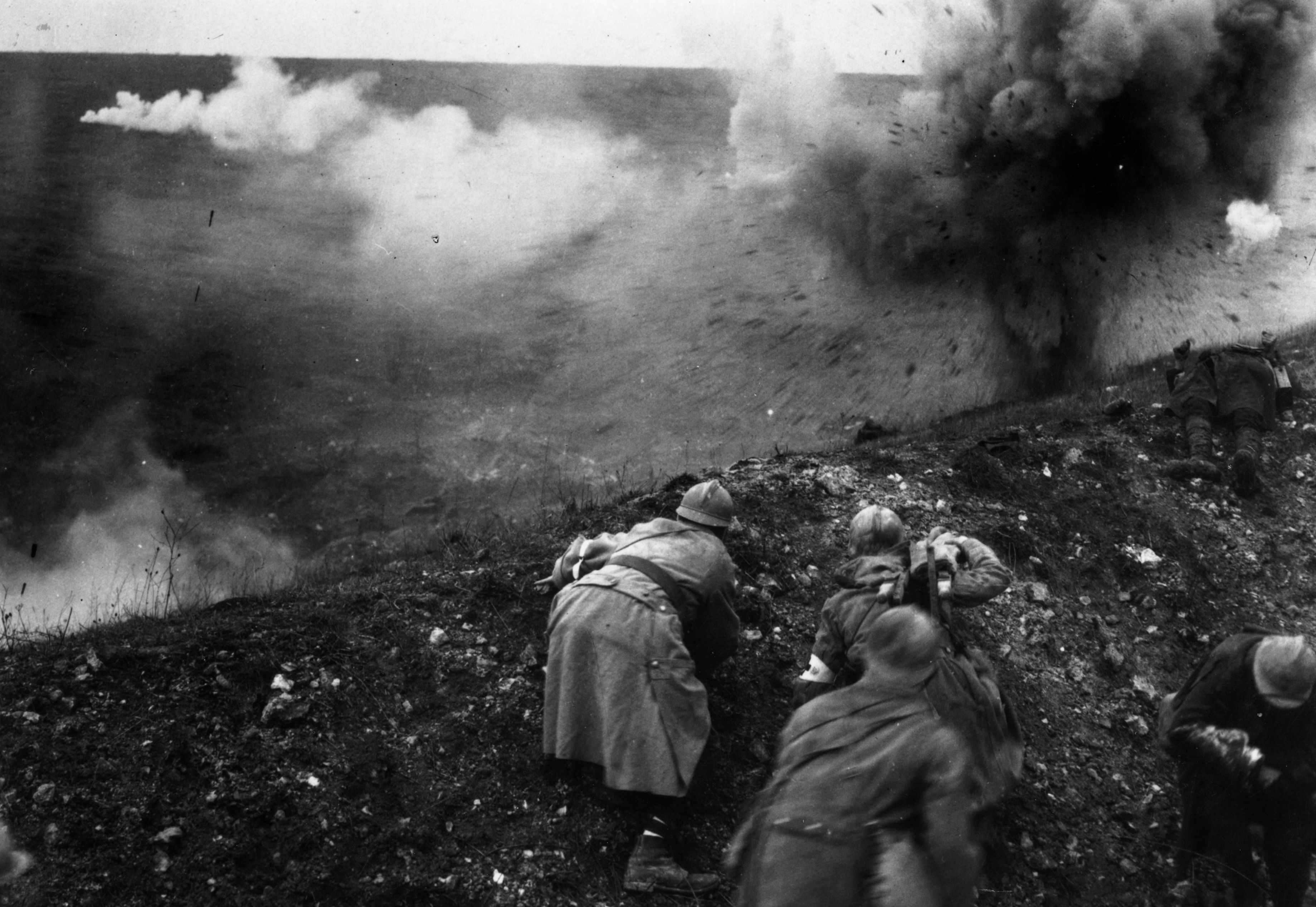 French troops under shellfire during the battle of Verdun. (Photo by General Photographic Agency/Getty Images)