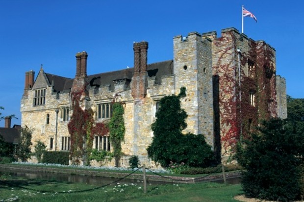 Hever Castle, Kent. The seat of the Boleyn family, including Anne and her sister Mary, who was one of Henry VIII's mistresses. (Peter Thompson/Heritage Images/Getty Images)