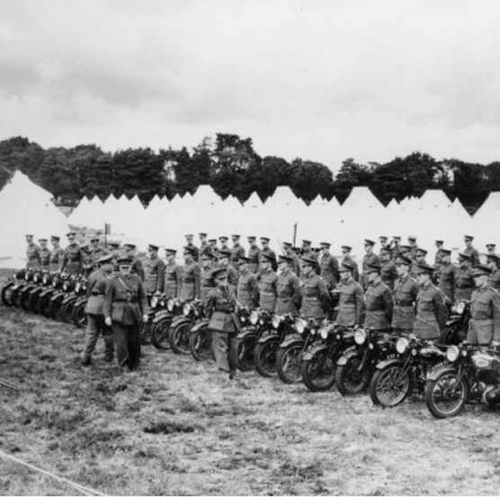 West Kent Territorials train to defend Britain against Nazi attack in 1939. (Photo by National Motor Museum/Heritage Images/Getty Images)