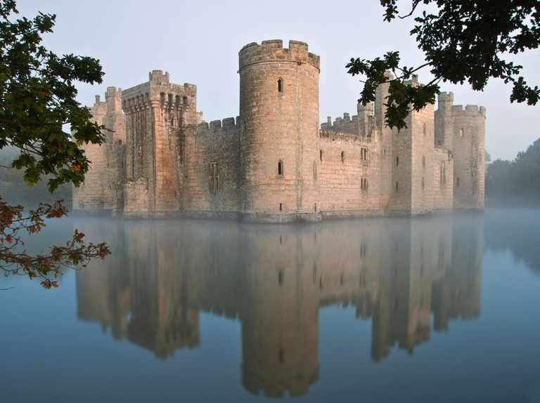 How to build a medieval castle