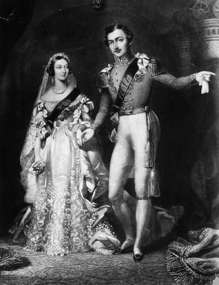 La reine Victoria portait une robe de mariée blanche lorsqu'elle a épousé le prince Albert