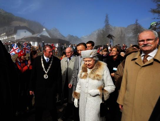 Rainha Elizabeth na Eslováquia, 2008