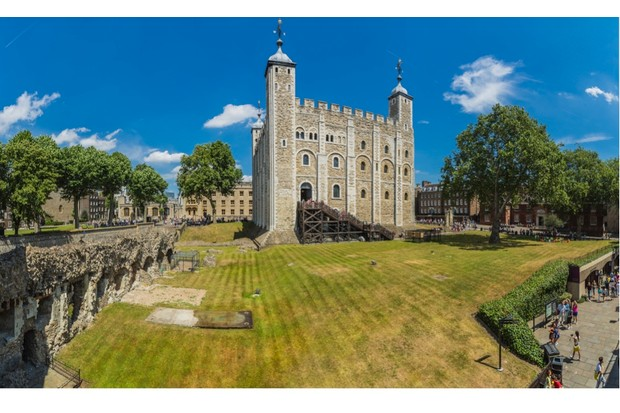 The White Tower, one of the oldest parts of the Tower of London complex, was built by William the Conqueror. (Getty Images)