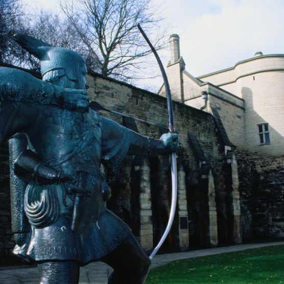 Robin Hood statue outside Nottingham Castle. (Getty Images)