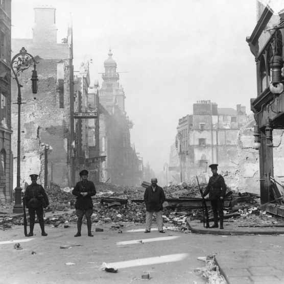 A British military post in a street in Dublin during the Easter Uprising, 1916. (Photo by ullstein picture via Getty Images)