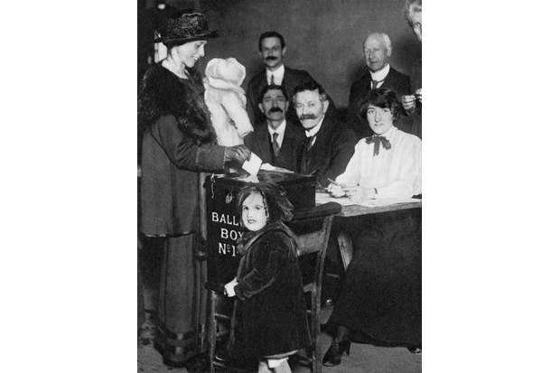 Woman voting, 1918