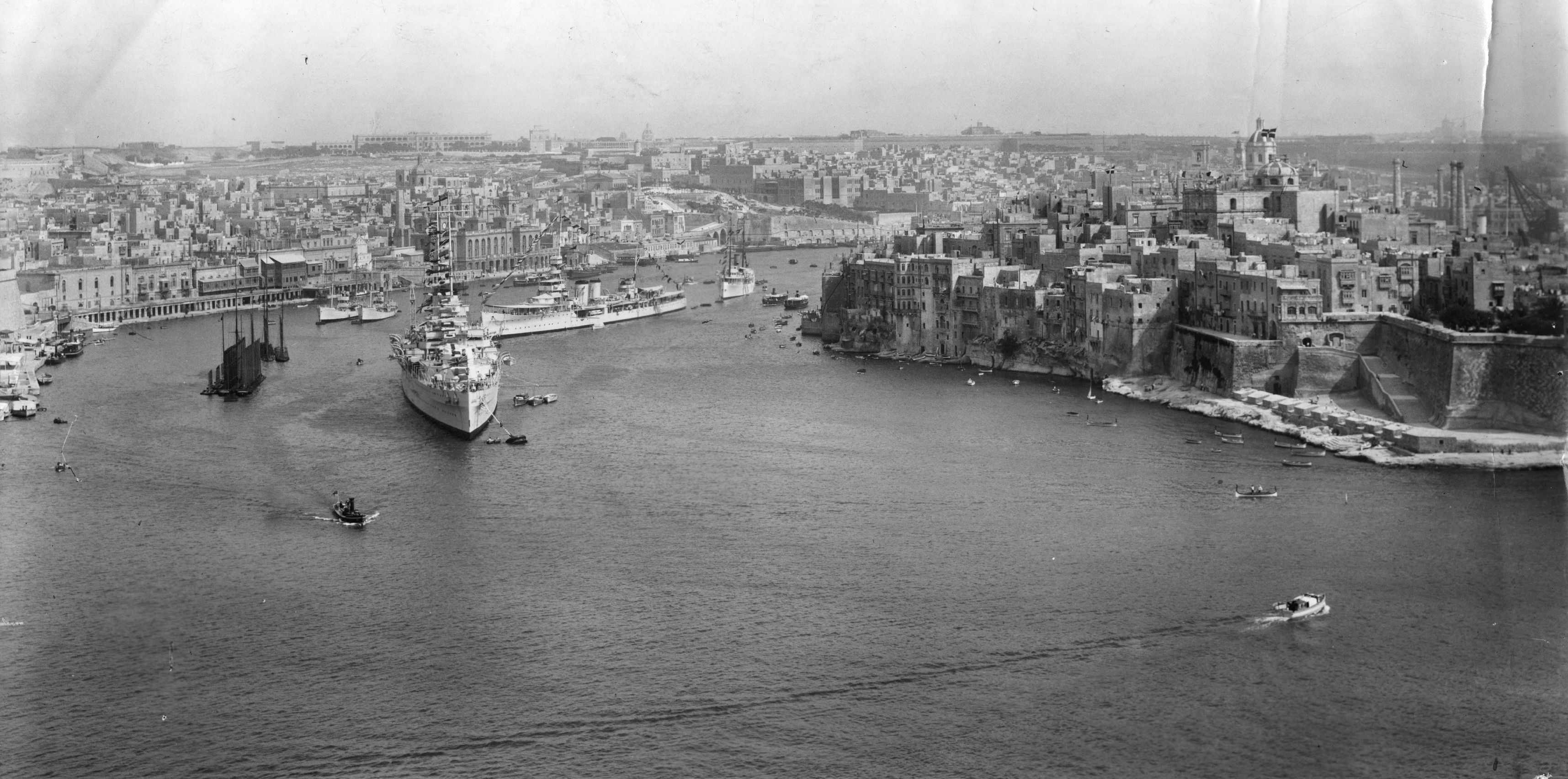 A view of Valletta during the Second World War, showing its harbour filled with naval hardware. (Photo by Picture Post/Hulton Archive/Getty Images)