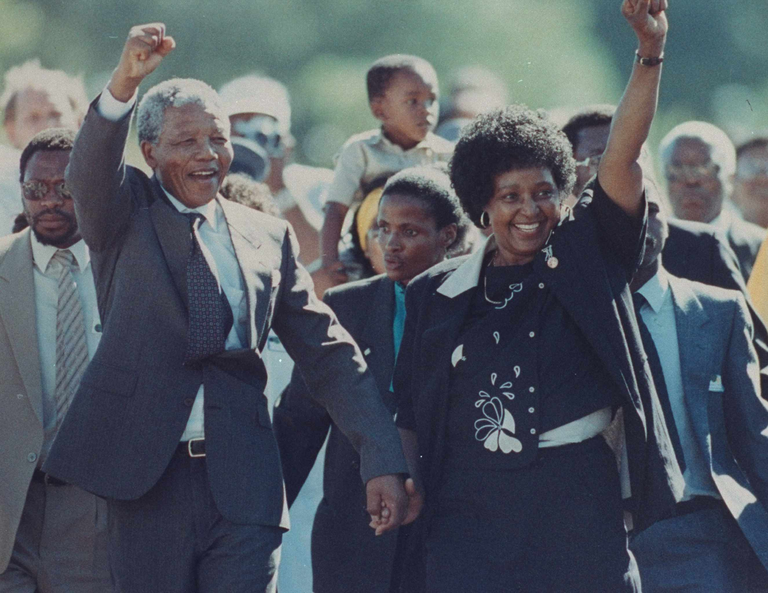 Nelson Mandela and wife Winnie Mandela upon his release from prison. (Photo by Allan Tannenbaum/The LIFE Images Collection/Getty Images)