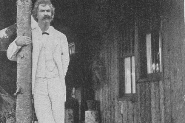 American author Samuel Langhorne Clemens (1835-1910) who wrote under the pseudonym of Mark Twain, standing outside on a porch. (Photo by Time Life Pictures/Mansell/The LIFE Picture Collection/Getty Images)