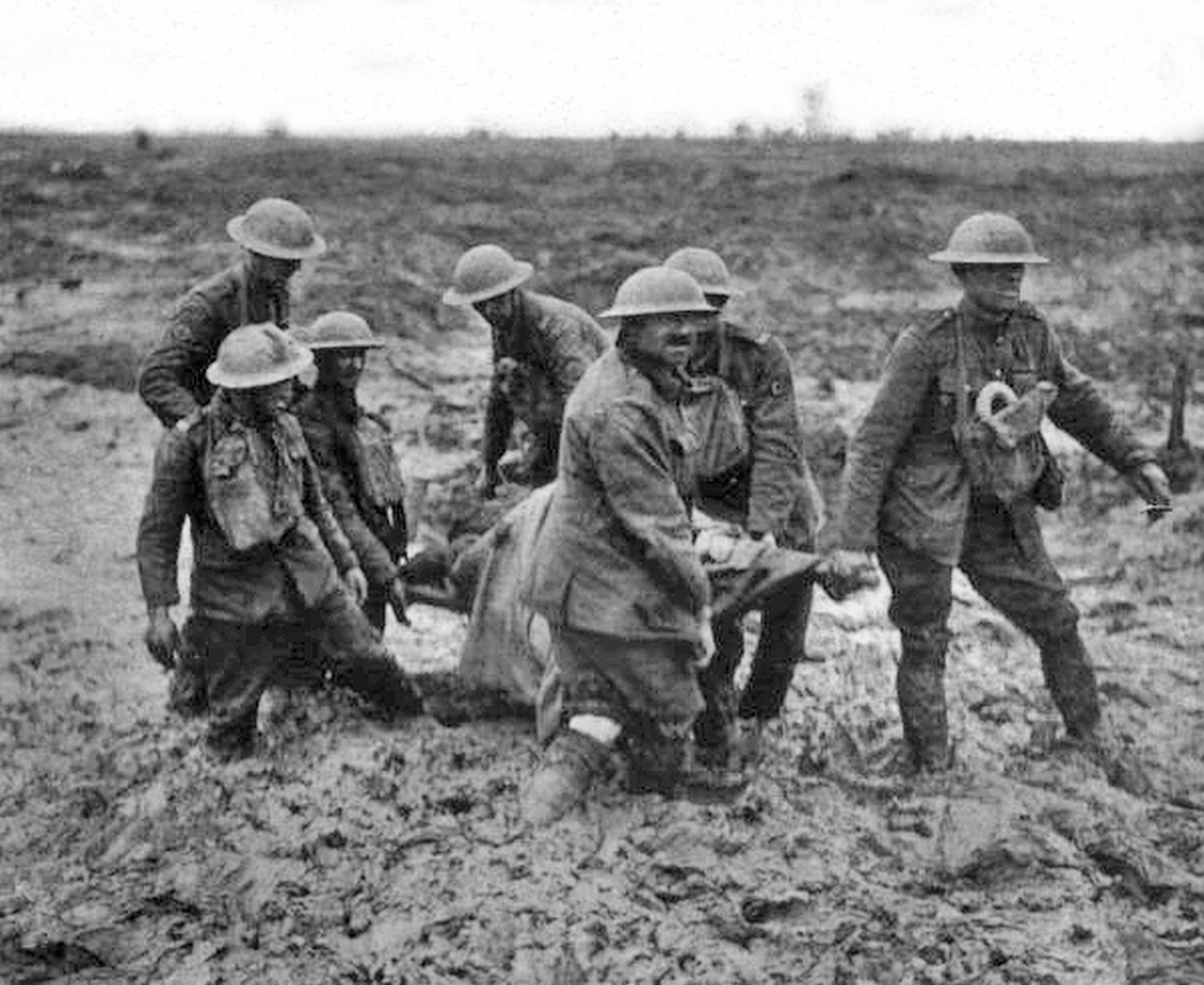 Stretcher bearers at Passchendaele, August 1917. (Photo by Universal History Archive/Getty Images)