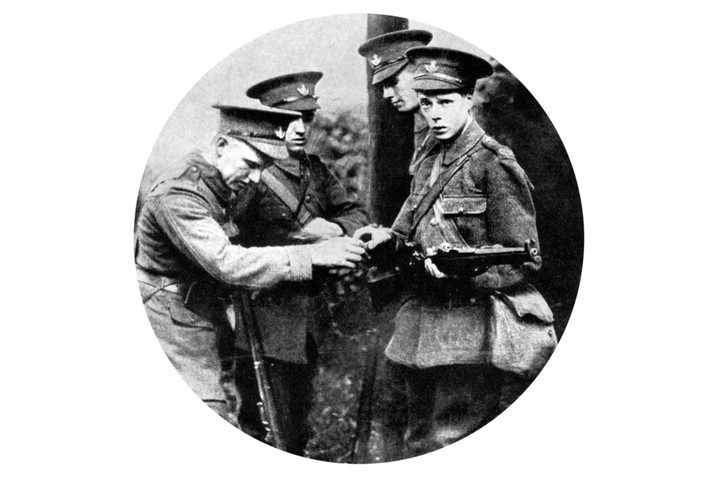 The Prince of Wales loading a rifle in the Grenadiers, First World War, 1914. (Photo by The Print Collector/Print Collector/Getty Images)