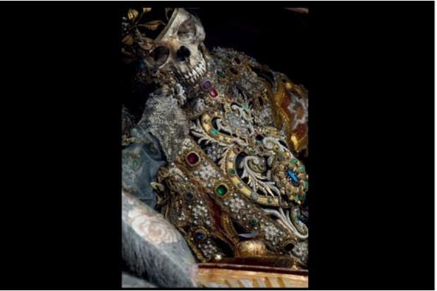 St Valentinus' skeleton