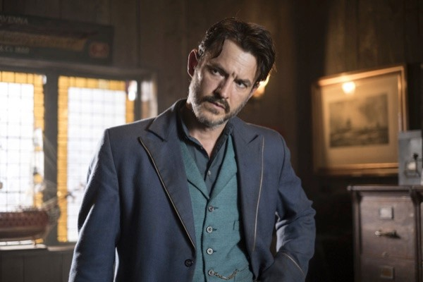 11194214-high_res-ripper-street-s4202-c42053f