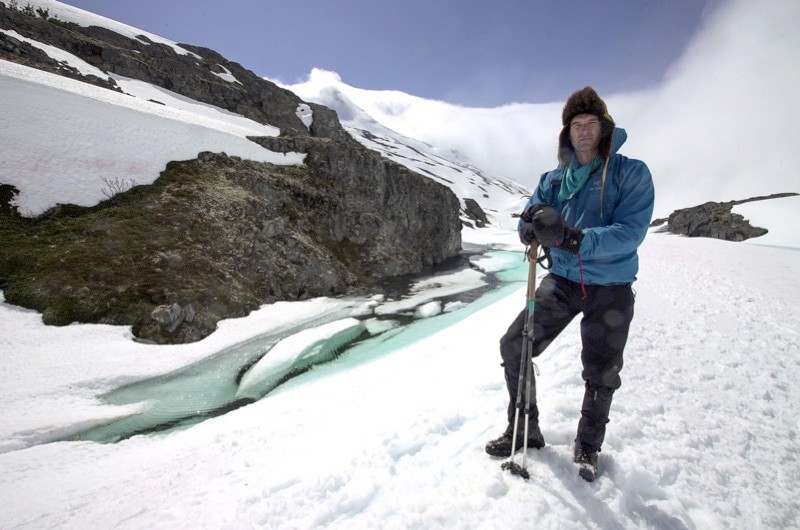 """Programme Name: Operation Gold Rush with Dan Snow - TX: n/a - Episode: Operation Goldrush with Dan Snow - ep 1 - Mountain Passes (No. 1) - Picture Shows: in Canada on the Chilkoot trail; the historic route used by the """"stampeders"""" of the 1898 Klondike Gold Rush Dan Snow - (C) BBC - Photographer: Ryan Atkinson"""