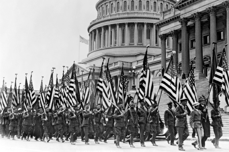 WWI veterans of the Bonus Army stage a demonstration to grant them their bonus as Congress in turn struggles with a deficit. Washington D.C.:  April 8, 1932.  (Photo by Underwood Archives/Getty Images)