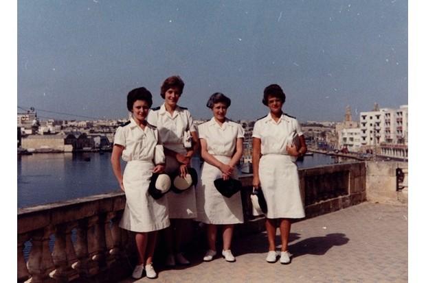 1990_73_68_WRNS_Officers_Hafmed_Malta_1961202_0-c6914d0