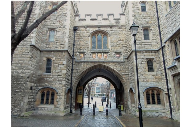 Tradition says Edmund Tilney, the Master of the Revels, was stationed here. (© Zoe Bramley)