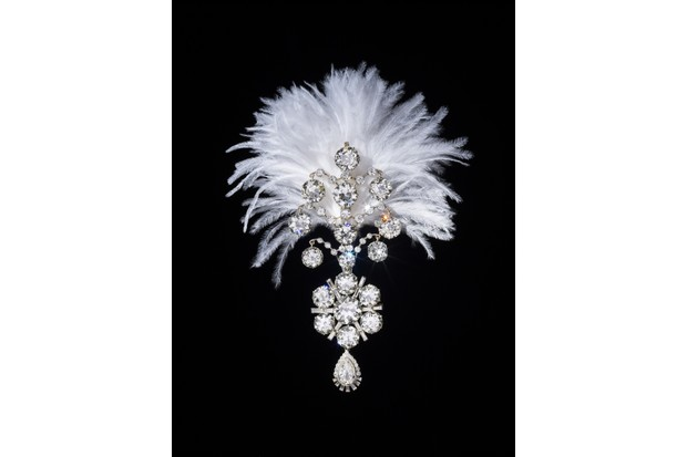 3._Diamond_turban_jewel_made_for_the_Maharaja_of_Nawanagar_1907_remodelled_in_1935_India_1-7eb1ee9