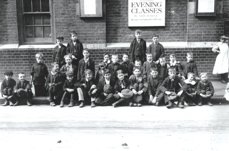 12th September 1911:  London schoolboys on strike at Shoreditch.  (Photo by Topical Press Agency/Getty Images)