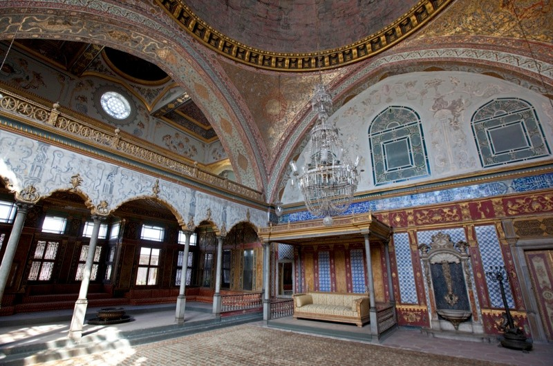 29 Sep 2010, Istanbul, Turkey --- Interior view of the Topkapi palace at Istanbul --- Image by © Torbjˆrn Arvidson/Matton Collection/Corbis