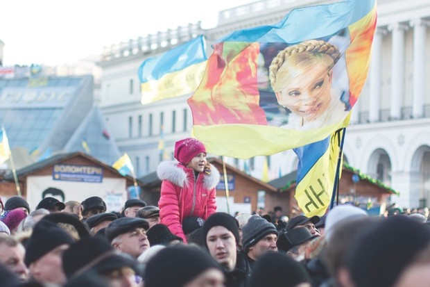 KIEV, UKRAINE - DECEMBER 22: Pro-EU demonstrations keep going at capital Kiev's Independence Square on December 22, 2013. The anti-government protests began when Ukrainian President Victor Yanukhovych angered many Ukrainians by refusing to sign an agreement that would strengthen cooperation with the European Union. (Photo by Aykut Unupinar/Anadolu Agency/Getty Images)