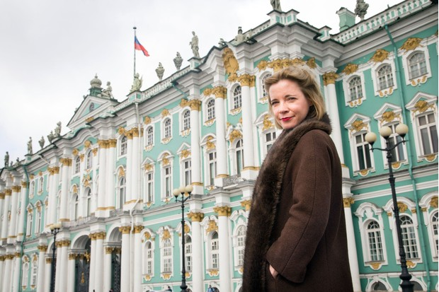 Programme Name: Empire of the Tsars: Romanov Russia with Lucy Worsley - TX: n/a - Episode: n/a (No. 2) - Picture Shows: in front of the Winter Palace, Saint Petersburg. Lucy Worsley - (C) BBC - Photographer: Shelley Cornick