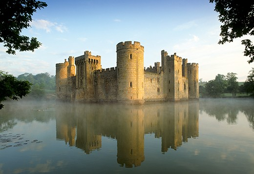 AR67E9 Bodiam Castle East Sussex