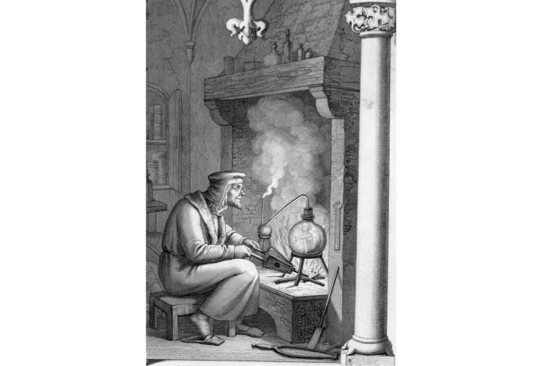 Alchemist-in-search-of-Homunculus-2-4297a93