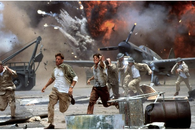 Ben Affleck and Josh Hartnett in 'Pearl Harbor' (2001). (Photo by United Archives GmbH/Alamy Stock Photo)