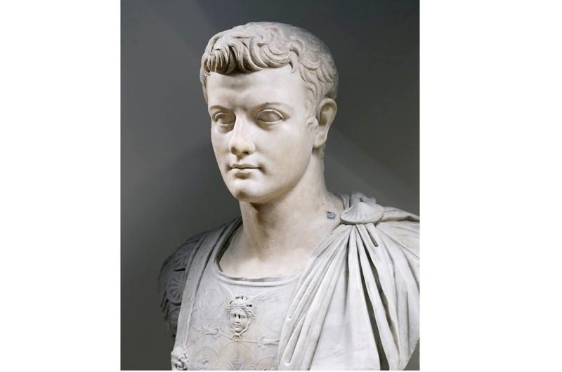Marble bust of Emperor Caligula. (DEA / A. DAGLI ORTI/De Agostini/Getty Images)