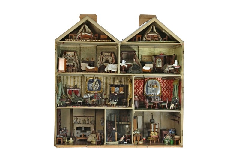 Doll-house-whole-04883d7