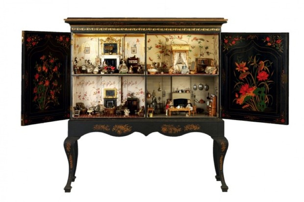 Dolls-house-main-pic-2-1dbc293