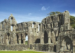 Dundrennan-Abbey-3-f6fb346