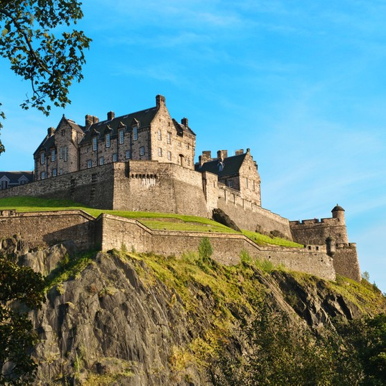 Edinburgh20Castle.2028C2A920Anna20Kucherova207C20Dreamstime.com29-3961a8d