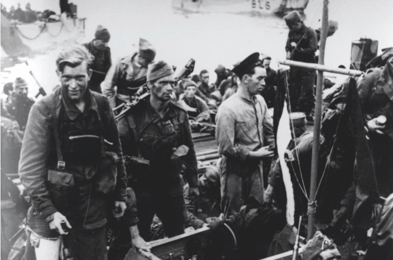Canadian troops returning from the combined operations raid at Dieppe. (Photo by Keystone/Getty Images)