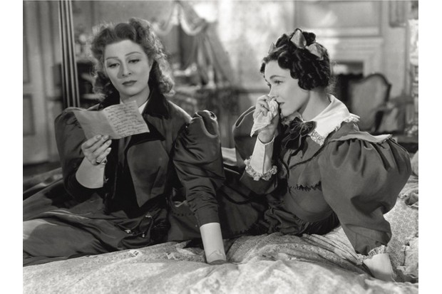 Greer Garson (left) portrays Elizabeth in the 1940 film adaptation of 'Pride And Prejudice'