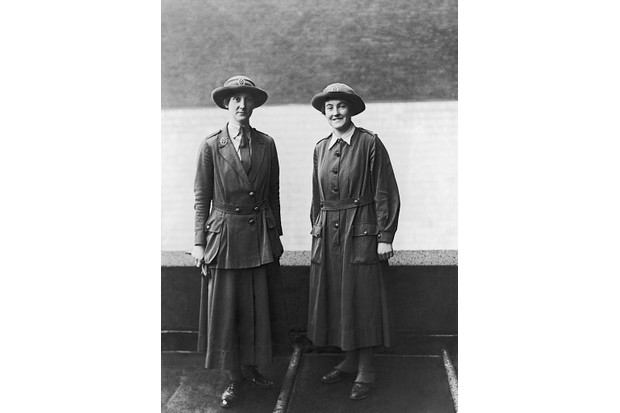 Women In Uniform During The First World War, A full-lenght portrait of a forewoman and a private of the Women's Army Auxiliary Corps (WAAC), circa 1916. (Photo by Horace Nicholls/ IWM via Getty Images)