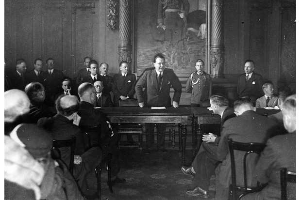 Nazi Reich Minister Hermann Göring speaks to the representatives of the foreign press in 1933. (Photo by Imagno/Getty Images)
