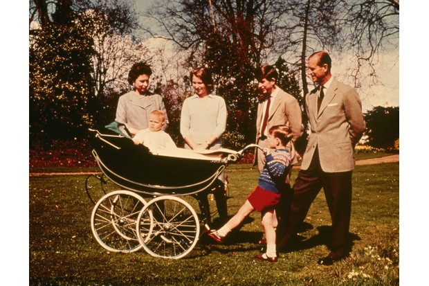 Queen Elizabeth II and Prince Philip, Duke of Edinburgh with their children (right to left): Charles, Andrew, Anne and Edward. (Photo by Keystone/Getty Images)