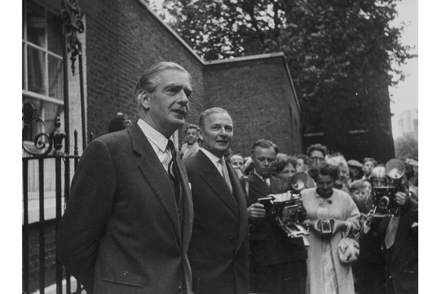 18th August 1956:  British prime minister Anthony Eden and foreign secretary John Selwyn-Lloyd outside 10 Downing Street, London, speaking to members of the press during the Suez crisis. Original Publication: Picture Post - 8621 - Sir Anthony Eden - pub. 1956  (Photo by Picture Post/Hulton Archive/Getty Images)