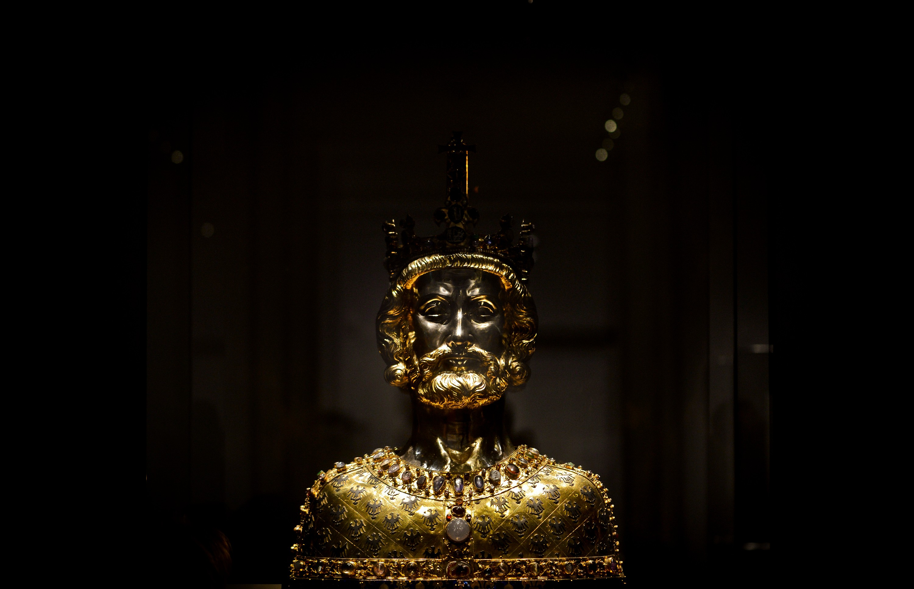 """A bust of Charlemagne at the exhibition """"Charlemagne: Power, Art, Treasures"""" (in German: """"Karl der Grosse: Macht, Kunst, Schaetze"""") during the press day on June 18, 2014 in Aachen, Germany. The three-part exhibition is among the biggest events this year commemorating the 1200th anniversary of Charlemagne's death. Charlemagne, also called Charles the Great, was the first pan-western European emperor since the collapse of the Roman Empire and ruled over territories that include modern-day France, Germany, Switzerland, Belgium, Holland and northern Italy.  (Photo by Sascha Schuermann/Getty Images)"""