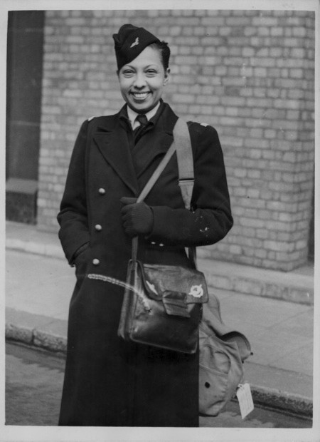 Josephine Baker photographed in 1945