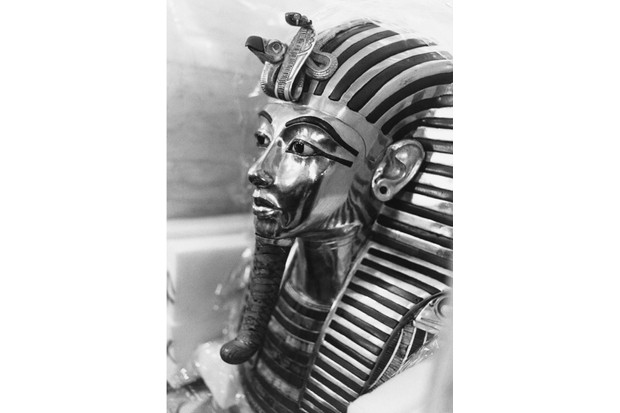 The mask of Tutankhamun, seen at the British Museum, London, January 1972. (Photo by Kean Collection/Getty Images)