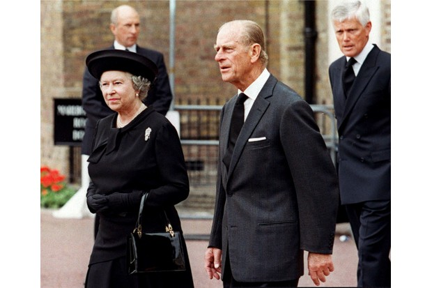 The Queen and Prince Philip, Duke of Edinburgh, arrive at Saint James's Palace in London to pay their respects to Diana, Princess of Wales, on the eve of her funeral. Diana died in a car accident in Paris on 31 August 1997. (Photo by Thomas Coex/AFP/Getty Images)