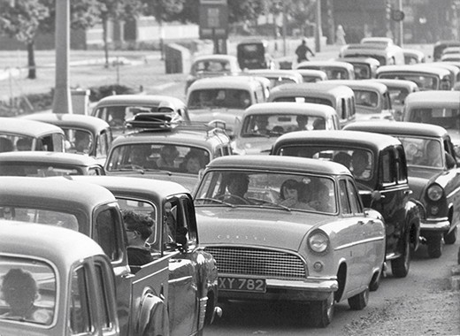 London traffic. (Photo by Popper Ltd./ullstein bild via Getty Images)