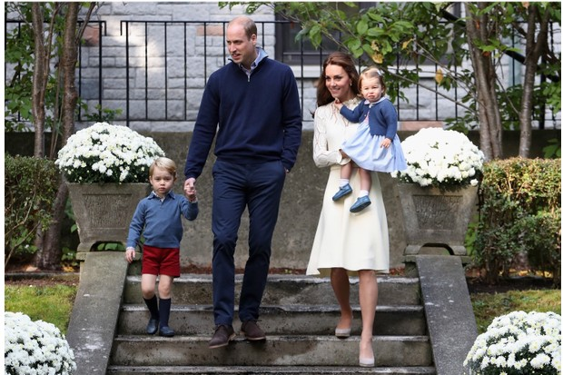 Prince William, Duke of Cambridge, and Catherine, Duchess of Cambridge, pictured with their children Prince George and Princess Charlotte in 2016. (Photo by Chris Jackson-Pool/Getty Images)
