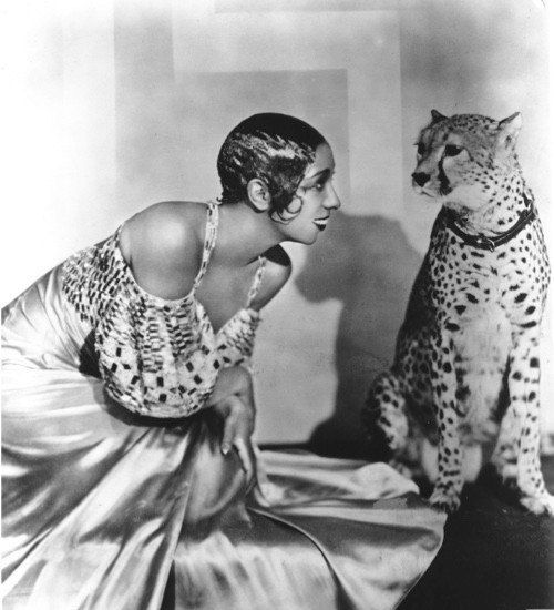Josephine Baker with a cheetah
