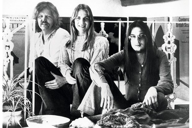 """CIRCA 1973: (L-R) Edgar Froese, Peter Baumann and Christopher Franke of the rock band """"Tangerine Dream"""" pose for a portrait in circa 1973. (Photo by Michael Ochs Archives/Getty Images)"""